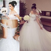 Sparkly Dubai Wedding Dress with Beading Crystals Off The Shoulder Handmade Flowers Lace Up Ball Gown Bridal gown CWF1973