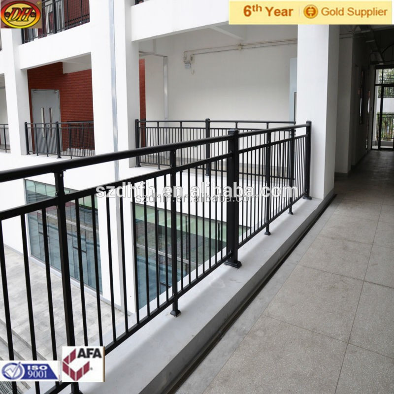 fer grill pour balcon fer forg balustrade fer forg fen tre garde corps rampes et mains. Black Bedroom Furniture Sets. Home Design Ideas
