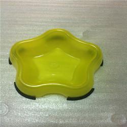Star shape plastic pet bowl