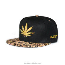 New Fashion Unisex Leopard Brim Gold Weed Leaf Adjustable Snapback Cap Guangzhou Factory