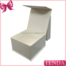 Welcome Wholesales top quality candy and sweets box