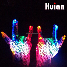 Made in china CE and RoHS led glitter sequin glove light promotional gifts for teenagers