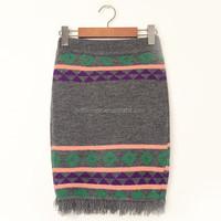 Fancy knitting pattern medium length winter women skirt