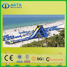 Latest export cheap and fine inflatable water slide