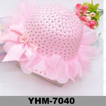 2015 beautiful children's spring and summer straw cloche hat with lace bowknot for sunproof wholesale