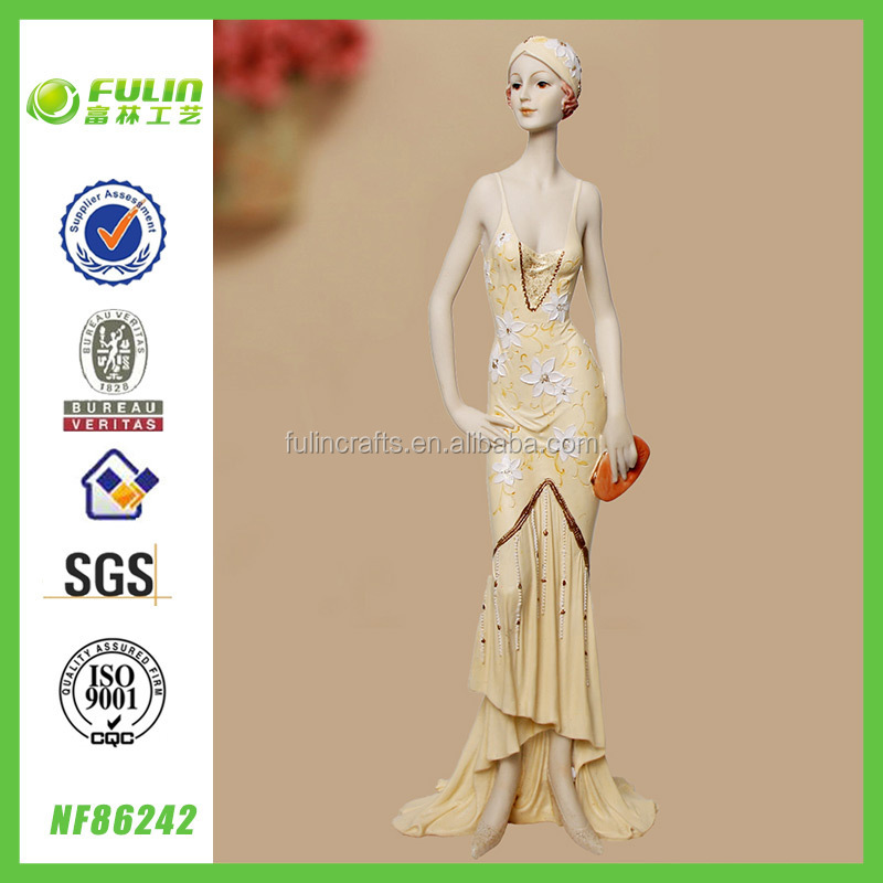 Africa Polyresin Woman Figurine Home Design Standing Resin Elegant Lady Sex Figurine