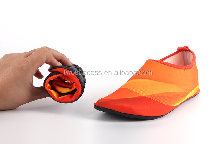swim shoes4.jpg