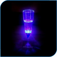 Inflatable Wedding Decorations Hot Led light Flash Champagne Glass Manufacturers