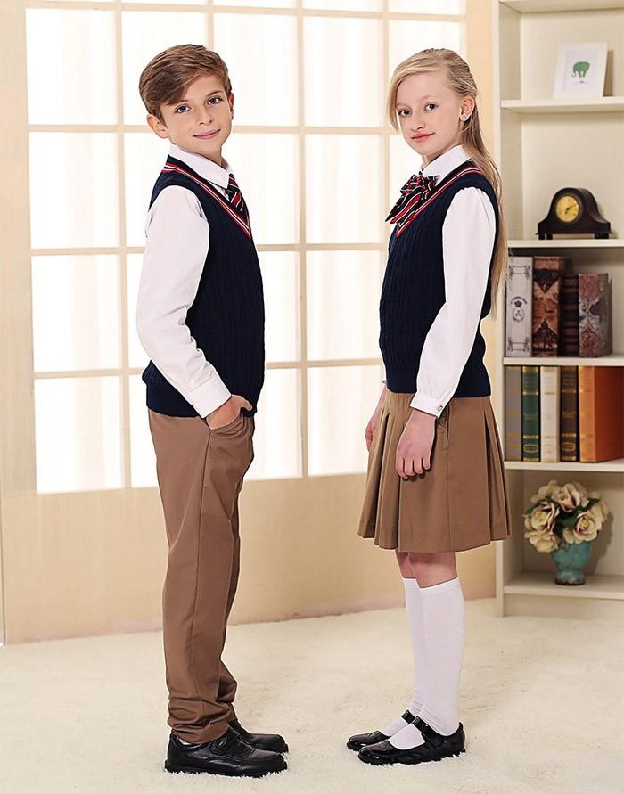 Le sexe uniforme de l'école soviétique