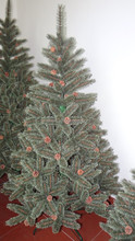 Yiwu manufacturing pine needle christmas tree popular outdoor led light 2015 cone Xmas tree