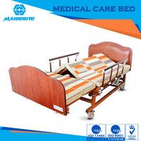 new design high quality manual nursing bed for complete care of bedridden patients