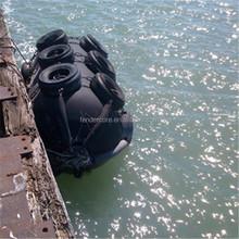 floating fenders for batam shipyard / floating buoy