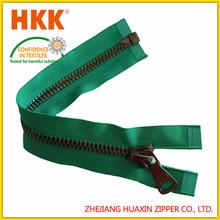 customized pullsHigh quality metal zipper slider with custom logo garment slider gold teeth metal zipper