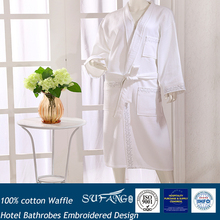 Hot sale! Hotel and home used Embroideried Heavy bathrobes
