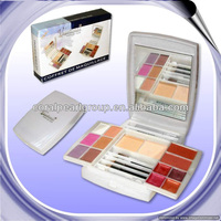 White Best Seller Face Off Makeup Kit