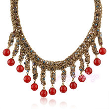 Elegant small pearl jewelry statement bead necklace
