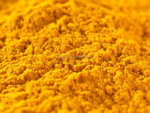 2 Years Shelf Life Turmeric Root Extract with High Quality and Low Price