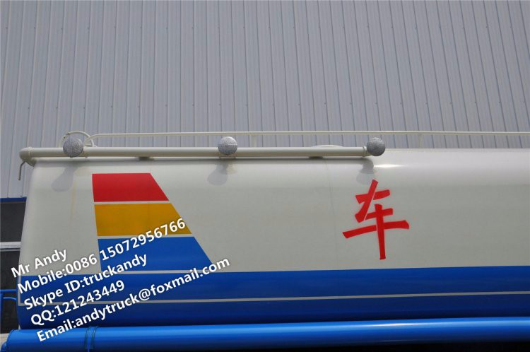 6x4 water truck tanker (2).JPG