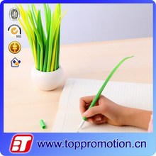2015 new design high quality non-toxic promotional plastic rollerball pen