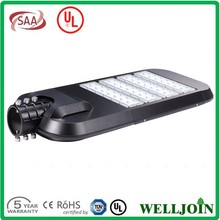 PC Lampshade Material And Solar Power Supply Solar Street Light With CE/SAA/UL