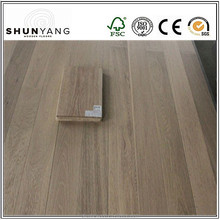 Wide Plank Wooden Engineered Flooring/Oak Planks For Sale