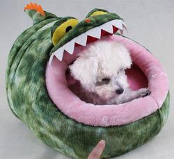 High quality OEM design short plush warm alligator 2016 dog kennel wholesale
