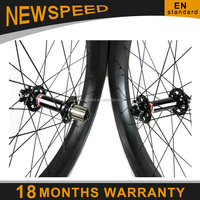 2 years warranty !!! Lightweight bicycle part fatbike wheel carbon fiber 100mm 26er clincher carbon sand bike wheel