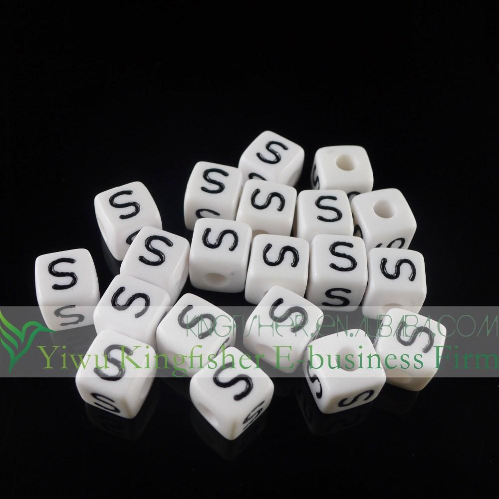 Takı kare alfabe mektubu boncuk, siyah beyaz küp tek alfabe boncuk
