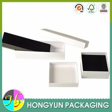 high quality gift box packaging , white gift box , black pad insert