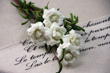 New design cheap artificial EVA small rose flower for sale