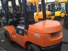 Used condition diesel engine toyota 3t forklift second hand toyota diesel engine 3t forklift lifter for sale in shanghai