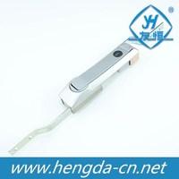 Zinc alloy rod control lock