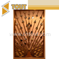 Customized Decorative Stainless Steel Screen Room Dividers Partition For Restaurant
