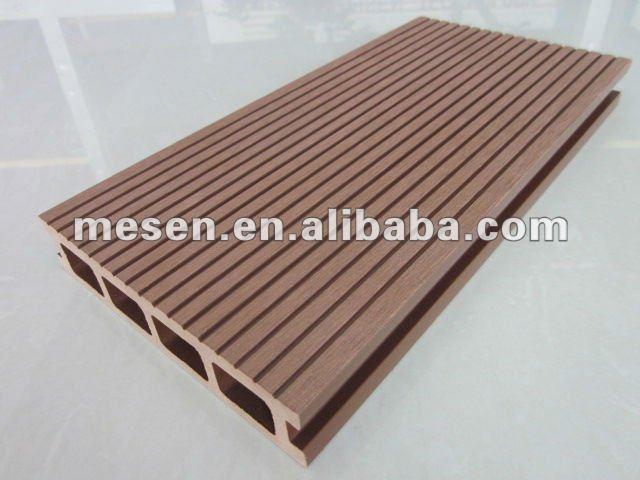 Bois plastique composite pont pour l 39 ext rieur for Plancher composite exterieur