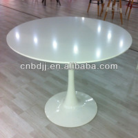 2015 top sale custom white/ black tulip table furniture , dining round table