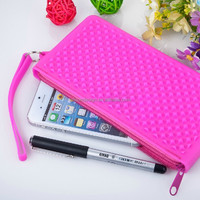 new design waterproof silicone mobile phone pouch