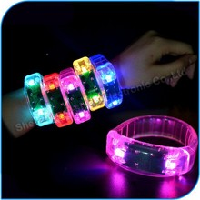 China Manufacture Concert Cheap Color Changing Acryl Flashing Led Bracelet