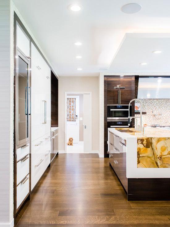 Wood kitchen cabinet accessories furniture kitchen corner cabinet in