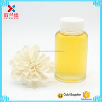loquat leaf extract glass bottle with black screw cap
