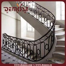 fotos de rejas de hierro forjado para la escalera interior