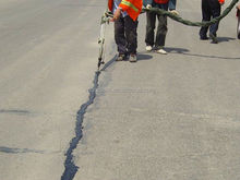 Hot!Hot!Hot! Roadphalt Asphalt Pavement Crack Repair sealant for road maintenance