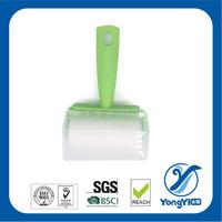 plastic roller lint brush