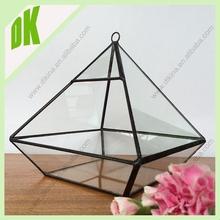 GREAT WEDDING VASES FOR SHORT STEMMED ROSES ON THE BRIDAL TABLE open geometric import glass vase