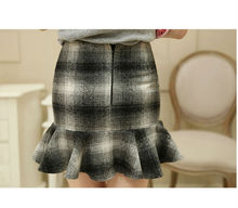 Ladies Scollop Wrap Skirt