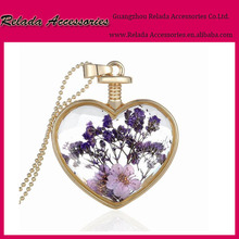 Fashion girls birthday jewelry gifts heart shaped gold metal plant specimens flower glass cabochon pendant necklace