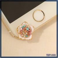 Zinc alloy charm crystal jewelry mobile phone accessory wholesale enamel white flower dust plug