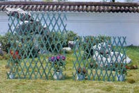 Decorative flower/Plastic/Green/ Garden fence
