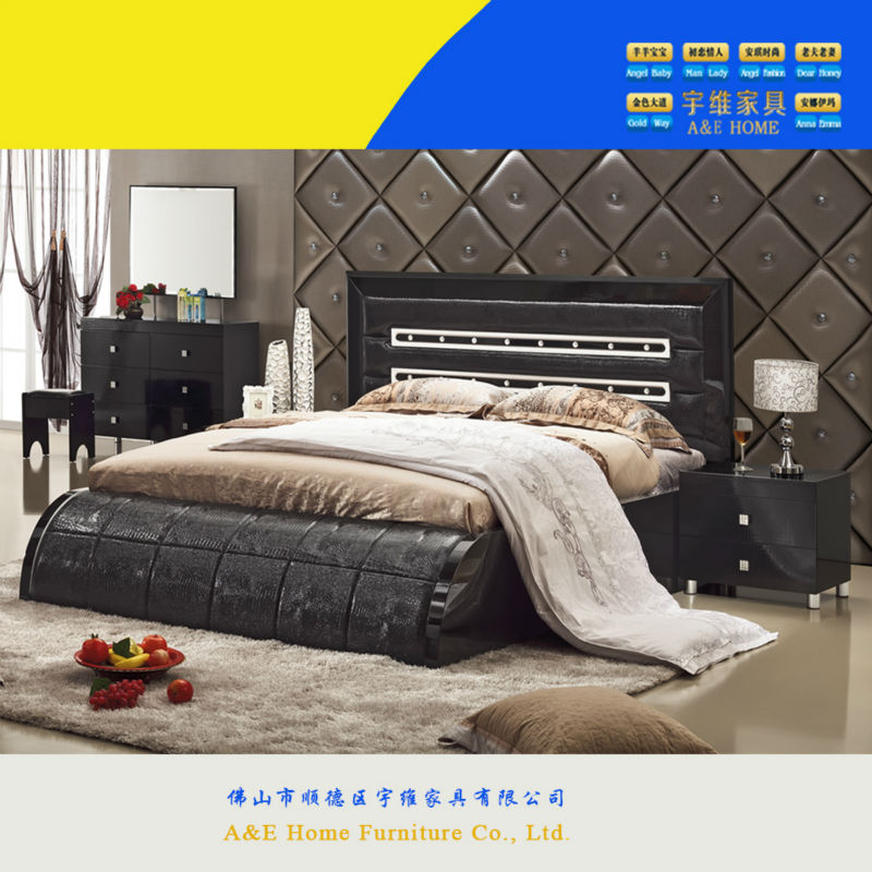 selling beautiful king size royal luxury bedroom furniture for sale