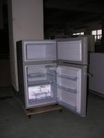 solar power low temperature solar fridge