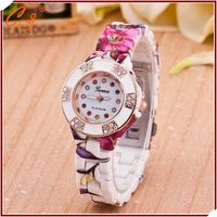 Nice Looking Flower Shaped Colored Rubber Watch Wholesale